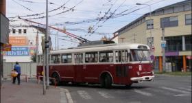 bus_type_cs/1590411836_cs_historicka-vozidla-6.jpg