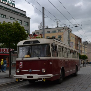 Druhý víkend s historickými vozidly
